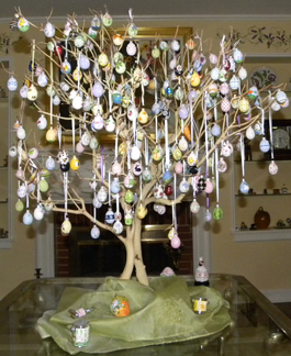 Manzanita Easter Tree